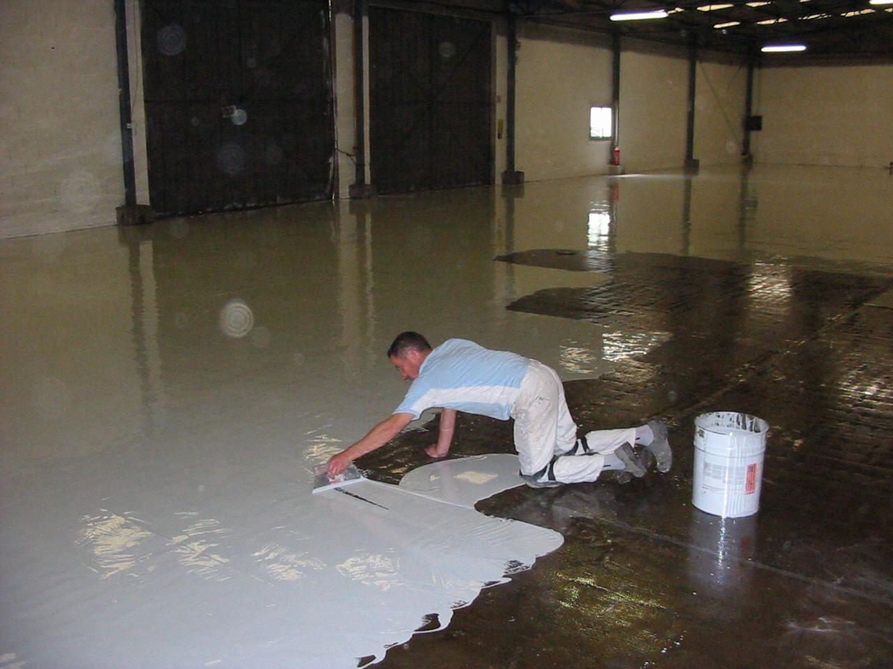 bretagne résine: sol résine dans un entrepôt