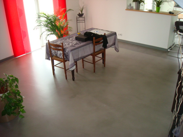 revêtement sol, béton ciré, sol résine, marquage au sol, peinture